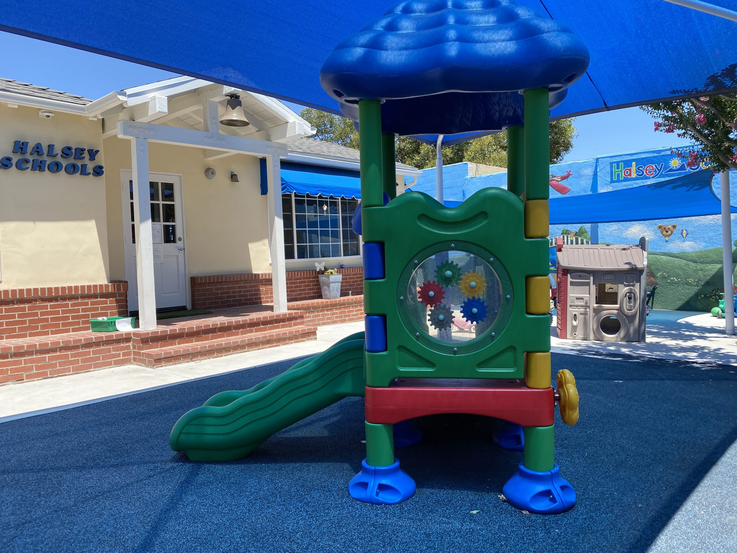 Bright Fun Yards for toddlers and Babies